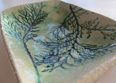 Fir dish in copper oxide