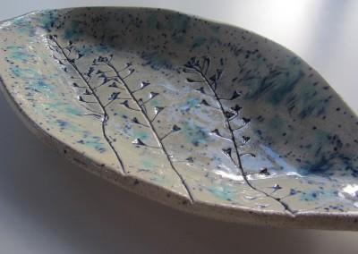 Shepherd's purse leaf shaped bowl